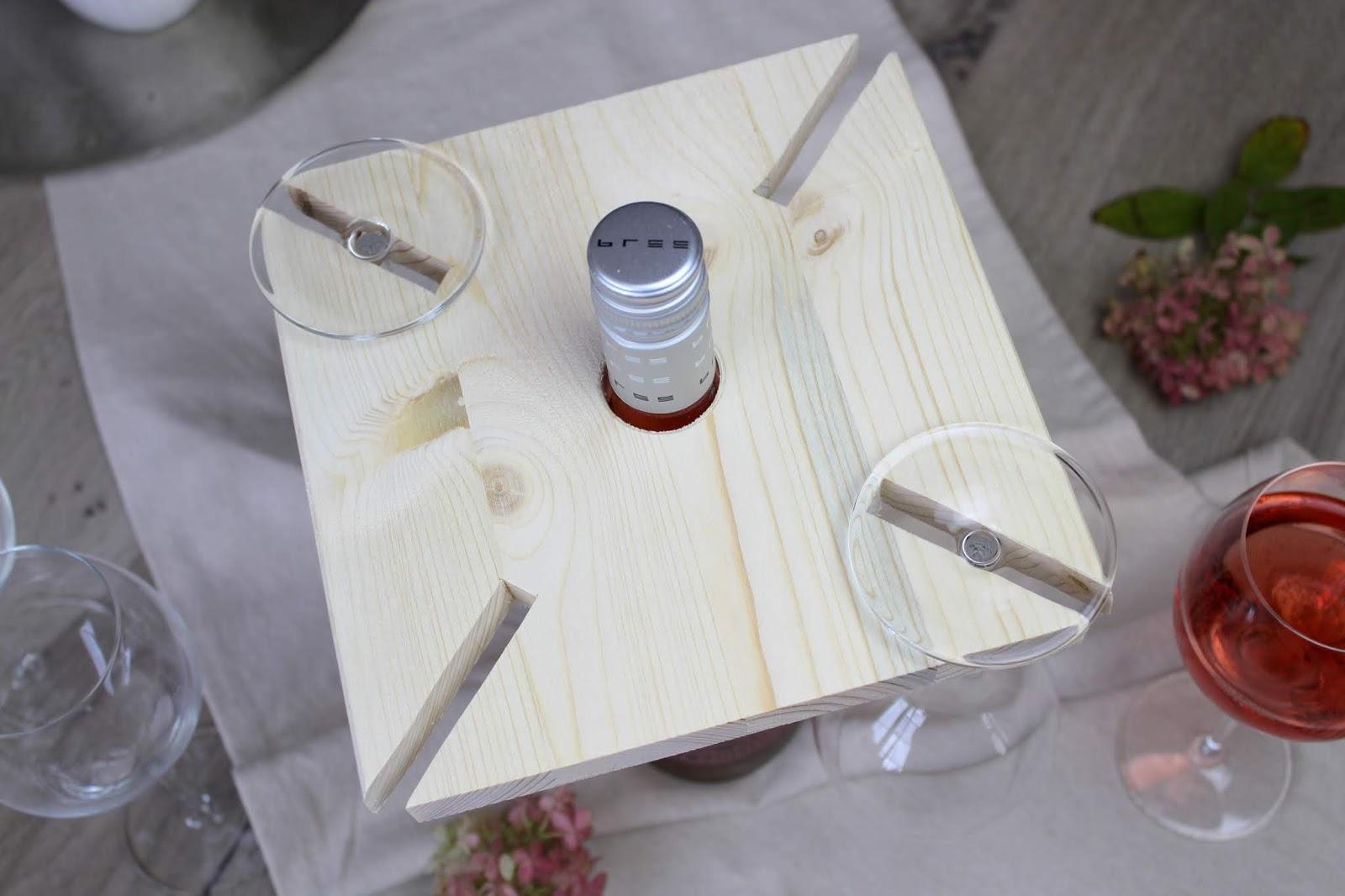 DIY: Weinbutler aus Holz ganz einfach selber machen - als Geschenkidee zu Weihnachten mit Bree Wein