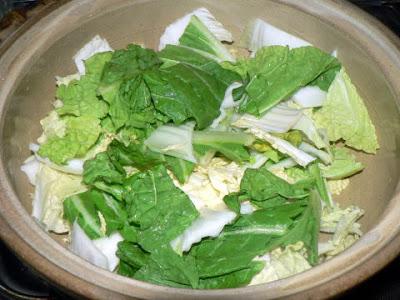 白菜を鍋に