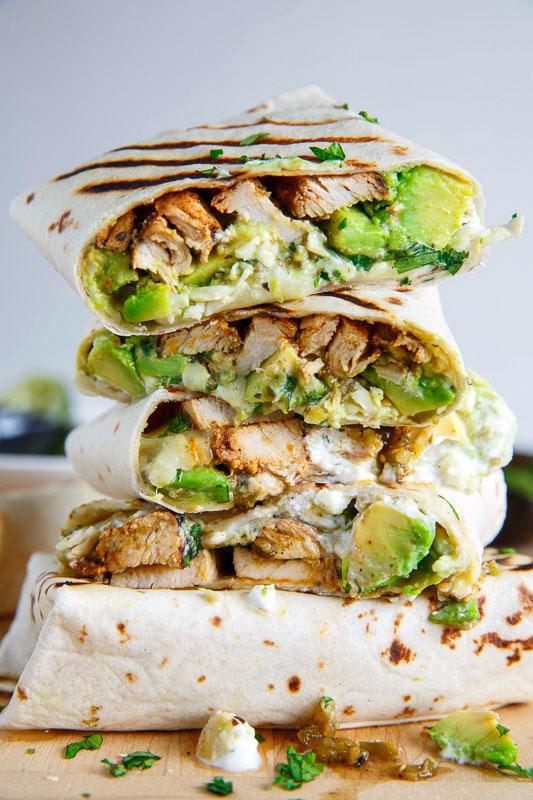QUICK AND EASY CRISPY CHICKEN AND AVOCADO BURRITO WRAPS #easy #diet #avocado #chicken #lowcarb