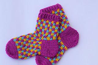 Calcetines de adulto a ganchillo de lana