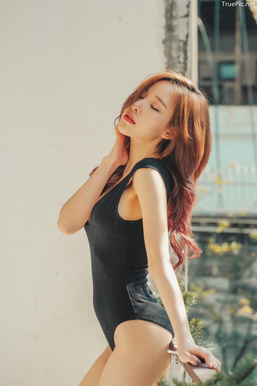 Thailand model - Arys Nam-in (Arysiacara) - Black Rose feeling the sun - Picture 4