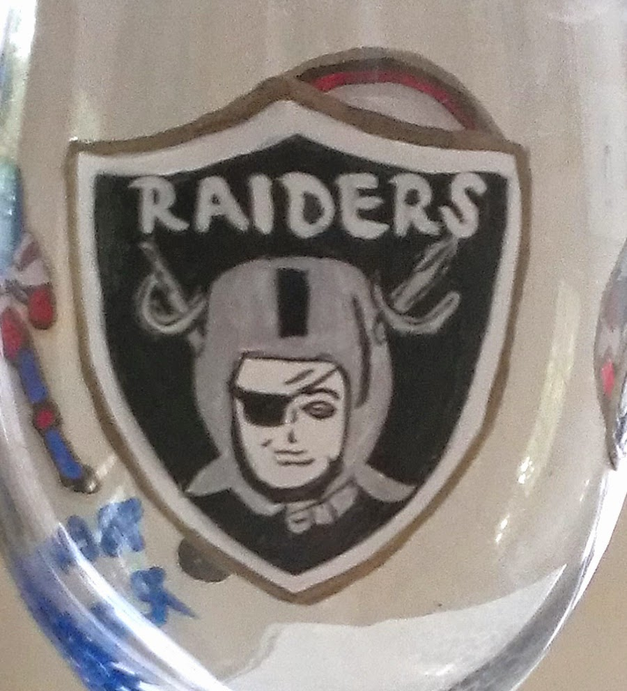 Raiders beer glass