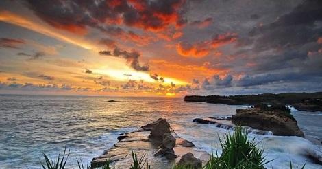 Sunset Pantai Klayar, Pacitan