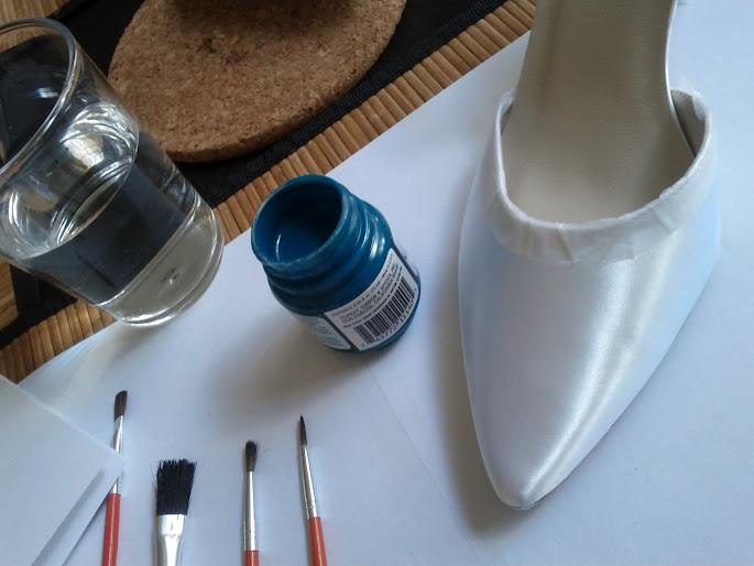 les aventuriers de la vie customiser ses chaussures de mari e 2. Black Bedroom Furniture Sets. Home Design Ideas