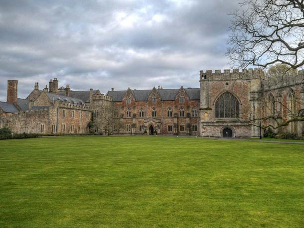 Il palazzo del vescovo e la casa del vescovo che lo accompagna a Wells
