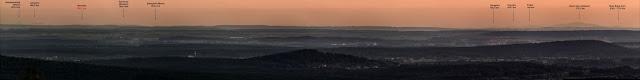 Panorama na Tatry Wysokie z Klonówki w Górach Świętokrzyskich.