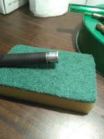 Очистка магнитного вала абразивной стороной посудной губки