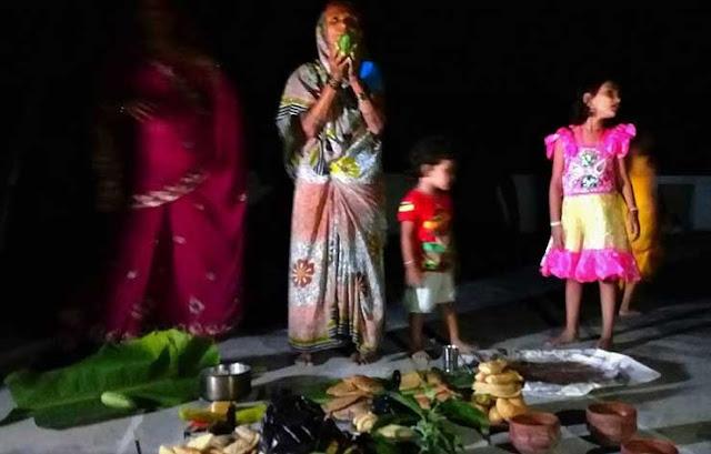 निष्ठापूर्वक मनाया गया मिथिला में चौरचन पर्व