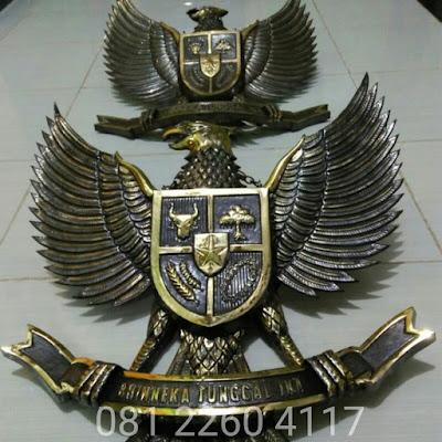 Logo Garuda Kuningan - Lambang Burung Garuda