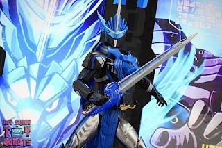 S.H. Figuarts Kamen Rider Blades Lion Senki 15