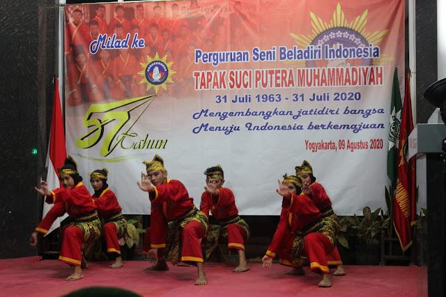 Prajurit Yonarmed 11 Kostrad Hadiri Milad Seni Beladiri Tapak Suci di Yogyakarta