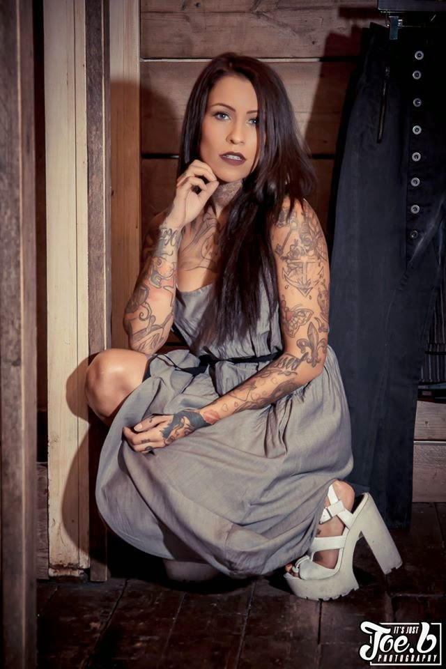 Terri De-Lis Altilar | Female Models With Tattoos | Tattooed Girls