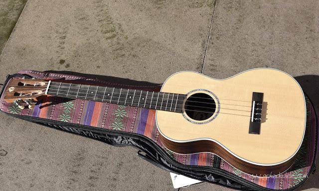 Ohana BK-70 Baritone ukulele