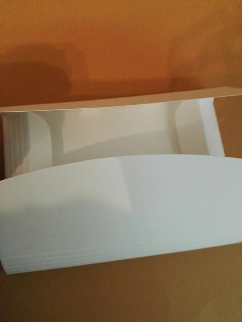 http://scatolesumisura.it/it/categorie-di-utilizzo/bomboniere-portaconfetti-fai-da-te/scatola-portafoglio-porta-foto-cd-dvd-biglietti.html