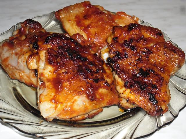 Grillezett csirkecomb barbecue szósszal - Olcsó receptek..