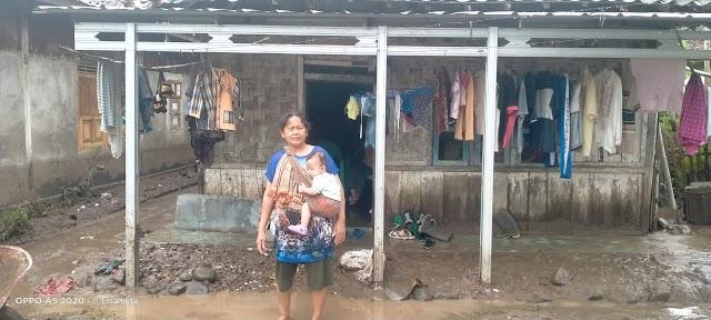 Banjir di Kecamatan Pardasuka kabupaten Pringsewu Mancapai Ketinggian 180 Centi Meter