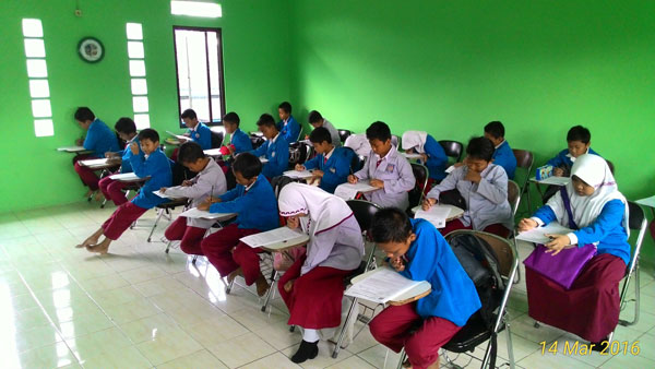Soal UKK Bahasa Indonesia SD/MI Semester 2 (Genap) Lengkap