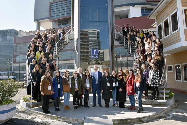 İBB iştiraki Metro İstanbul'da 109 kadın tren sürücüsü eğitimlere başladı. Detaylar kariyeribb.com'da!
