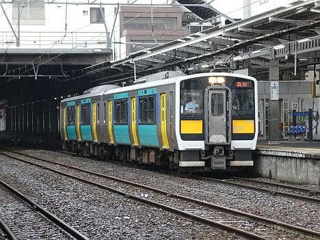 【災害復旧で2本登場!】水郡線 ワンマン 袋田行き キハE130系(2020.7~1年限定)