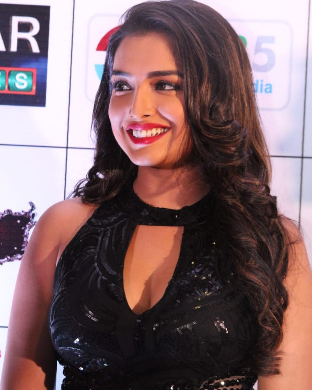 Amrapali Dubey Hot Pictures - HD Actress Photo