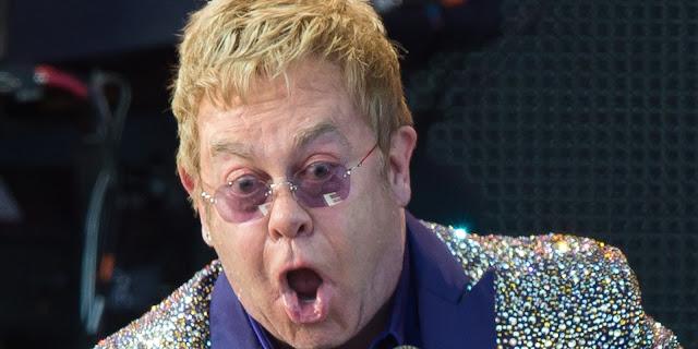 Elton John a Sanremo 2016: le polemiche dei politici
