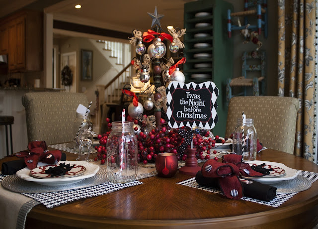 2016 Christmas Table Settings