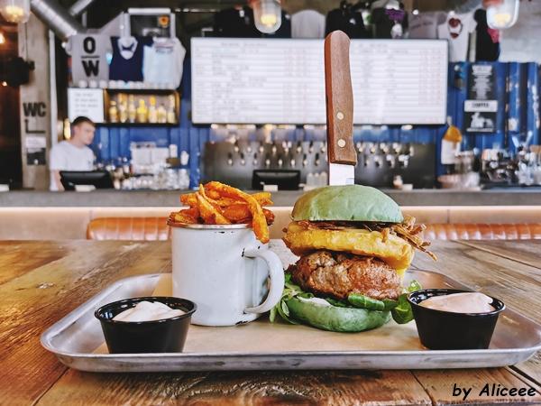 Brewdog-restaurant-Edinburgh-best-burgers-craft-beer