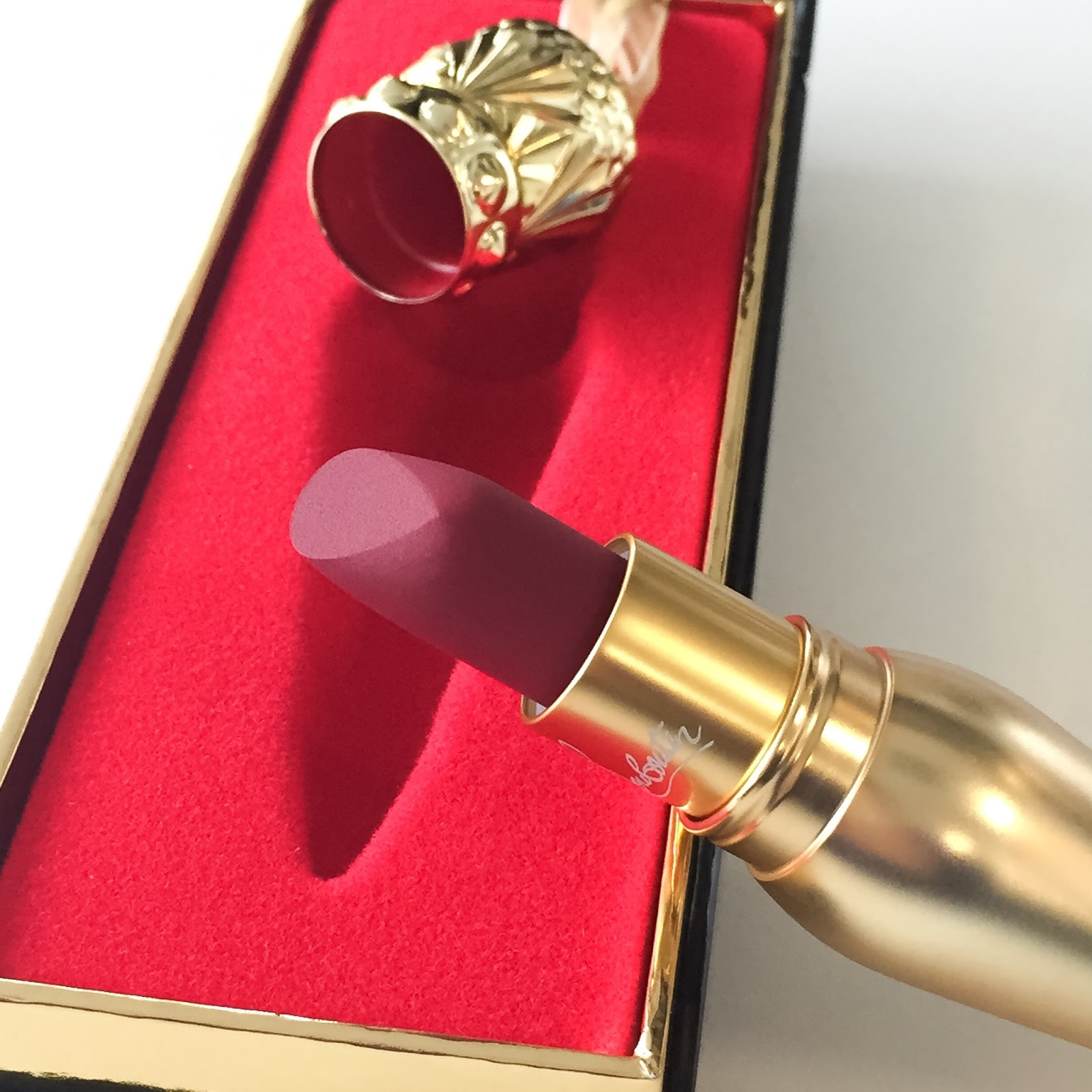 Christian Louboutin Velvet Matte Lip Colour In Survivita Review