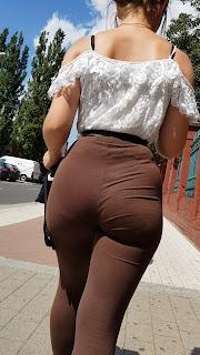 Rubia cola redonda leggins