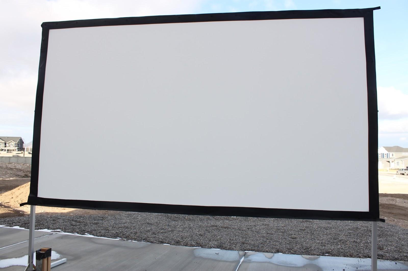 Stereowise Plus  Elite Screens Yard Master 2 Dual 120