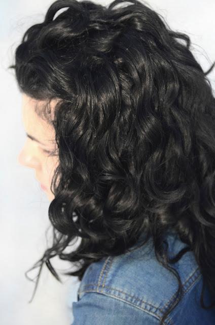 czarne włosy | kręcone | loki | pielęgnacja | skręt