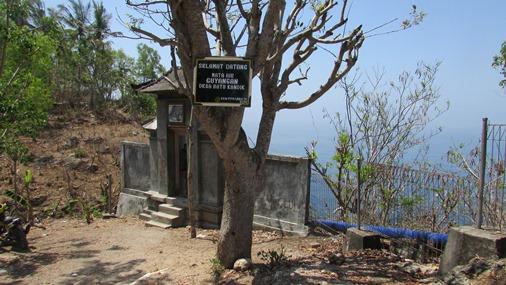 Explore Nusa Penida dive spots Bali & the Holy Temple