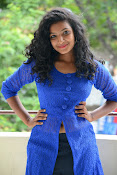 Gayatri sizzling photo shoot-thumbnail-4