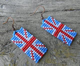 необычные украшения купить длинные сережки из бисера с бахромой