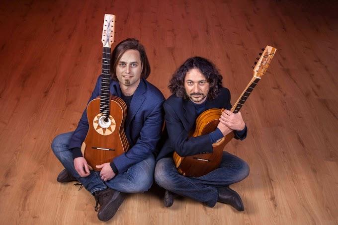 Intervista: Francesco Loccisano con Marcello De Carolis tra i maggiori innovatori della chitarra battente