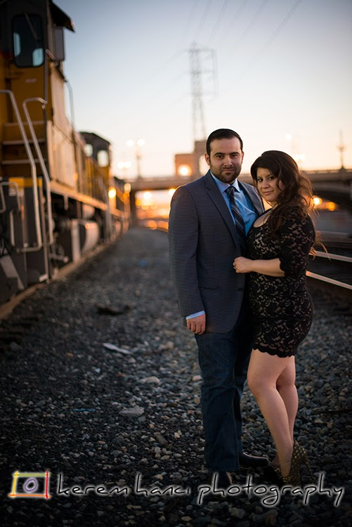 Engagement session by the 1st Street Bridge
