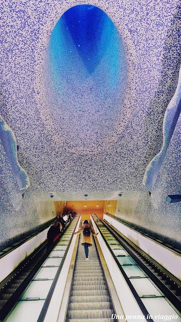 Metro Toledo Napoli foto