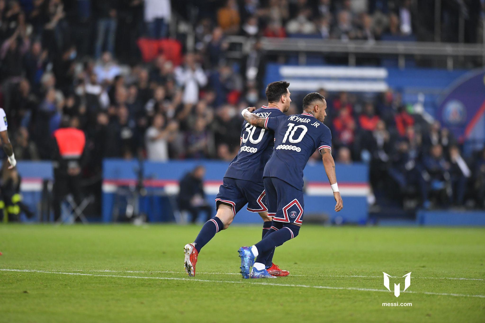 Paris Saint-Germain đã giành chiến thắng 2-1 trước Olympique Lyon
