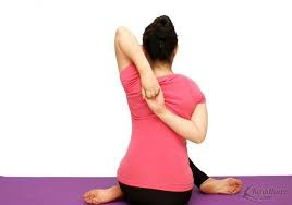 Bài tập giảm mỡ thừa xung quanh vùng lưng đơn giản hiệu quả tại nhà cho chị em phụ nữ