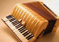 Eski bir akordeon görüntüsü