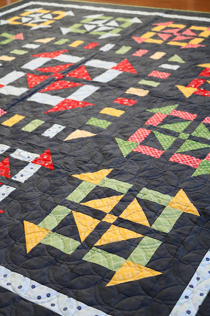Perfect Picnic quilt pattern from the Fresh Fat Quarter Quilts book by Andy Knowlton of A Bright Corner - fun medallion quilt that uses only 8 fat quarters