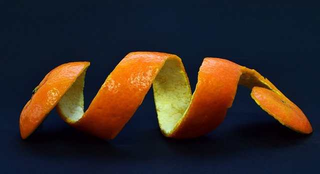 استخدامات قشر البرتقال وفوائده