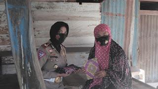 Peringati 10 Muharram 1442 H, Kasat Lantas Polres Pinrang Gelar Bhakti Sosial Dengan Sistim Door To Door