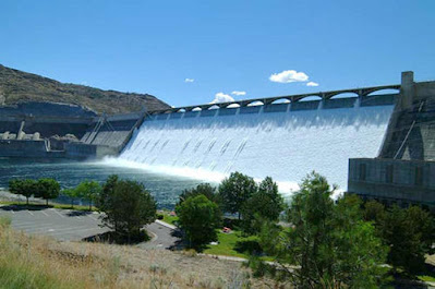 The Grande Coulee Dam