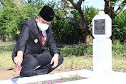 Ziarah ke TMP Kairagi, Agus Fatoni Ajak Masyarakat Implementasikan Semangat Para Pahlawan