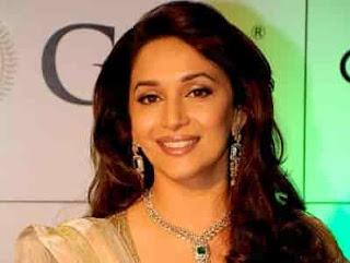 10-Penari-Wanita-Bollywood-Terbaik-Yang-Jago-Menari