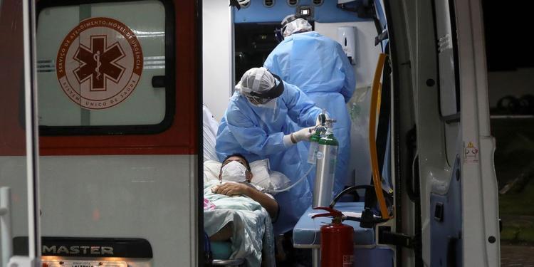 Médicos de Manaus já precisam escolher entre quem vai viver ou morrer