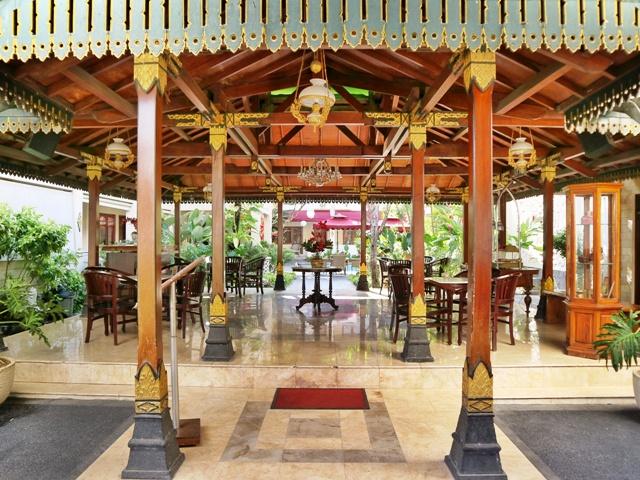 Joglo Kebanggaan Indah Palace Hotel Yogyakarta