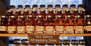 Strawberry%2Bshine - Ole Smoky Moonshine Gatlinburg Tn