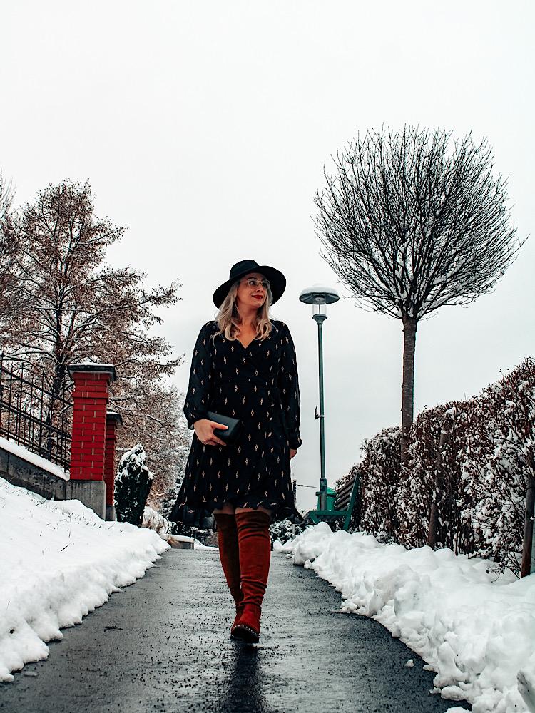 Look im Winter mit Kleid richtig stylen